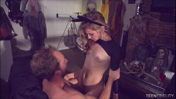 Смотреть порнуху и потрахушки жена без оплаты